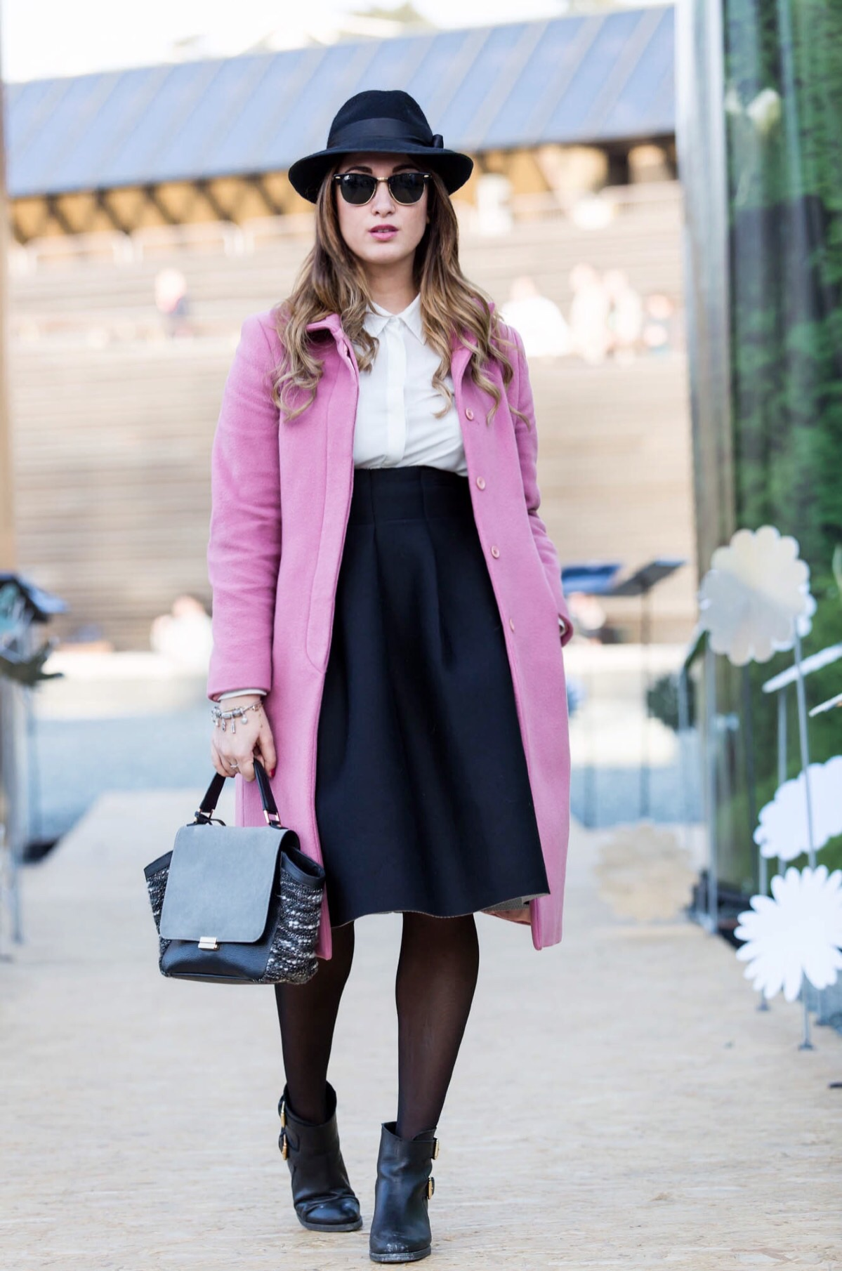 my glamour attitude, fashion blog, maria giovanna abagnale, manuel bifari ph, pitti87, look, pink coat, gioseppo shoes, jadise bag, neoprene skirt, rayban, firenze, florence, walk about pitti
